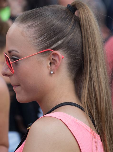 35 Beautiful Ponytail Will Make You Look WoW – The WoW Style