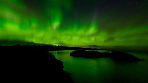 These 12 Photos Of The Northern Lights Appearing Over The