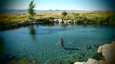 Nevada Swimming Spots With The Clearest, Most Pristine Water